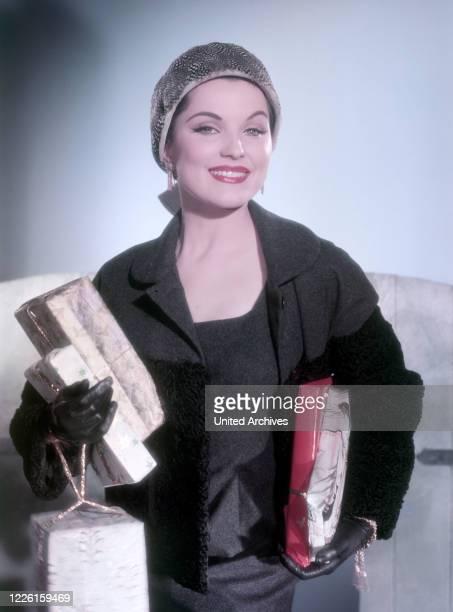 Die amerikanische Schauspielerin Debra Paget. Studioaufnahme, 1959. US-American actress Debra Paget, Studio Still, 1959.