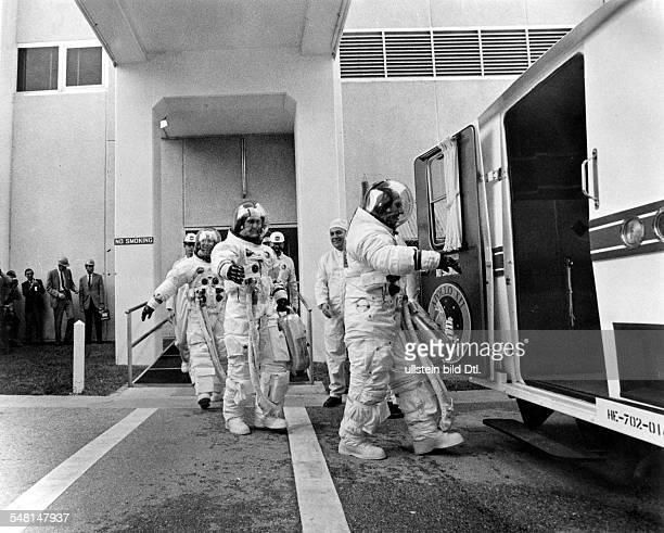 Die Astronauten von Apollo 12 auf dem Weg zum Start vvnh Charles Conrad Richard F Gordon Alan L Bean