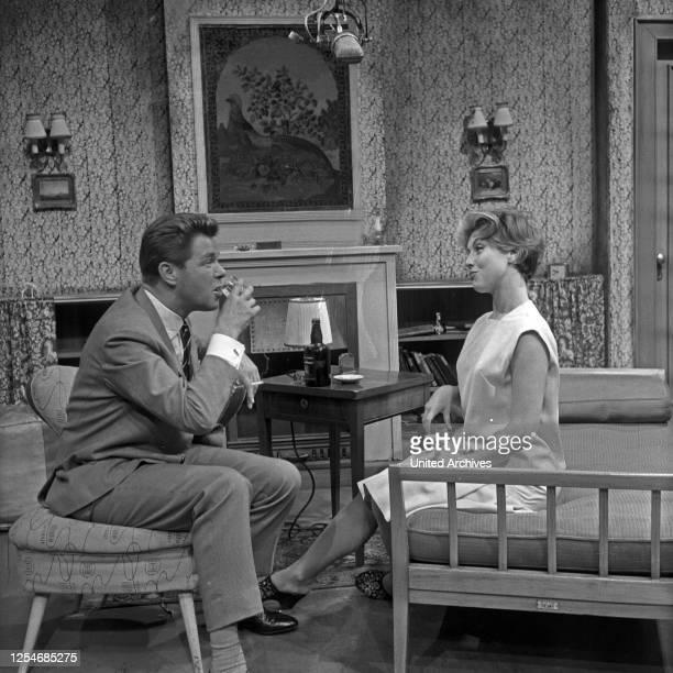 Die Beklagte Deutschland 1958 Fernsehfilm Regie John Olden Darsteller Heinz Drache Sonja Ziemann