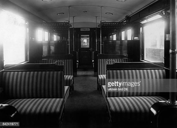 Die Berliner SBahn Blick in die Polsterklasse der Berliner Stadtbahn 1928