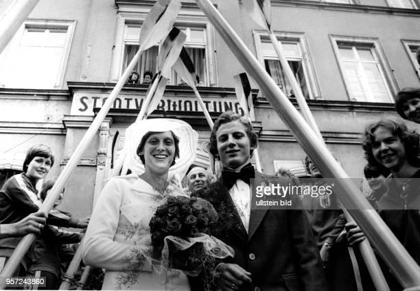 Die deutsche Ruderin Christine Scheiblich heiratet den Rennrodler Ulrich Hahn aufgenommen 1978 Scheiblich gewann bei den Olympischen Sommerspielen...