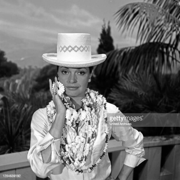 Die deutsche Schauspielerin Nadja Tiller, Deutschland 1960er Jahre.