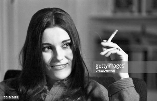 Die deutsche Schauspielerin Renata Höfer, Deutschland 1960er Jahre.