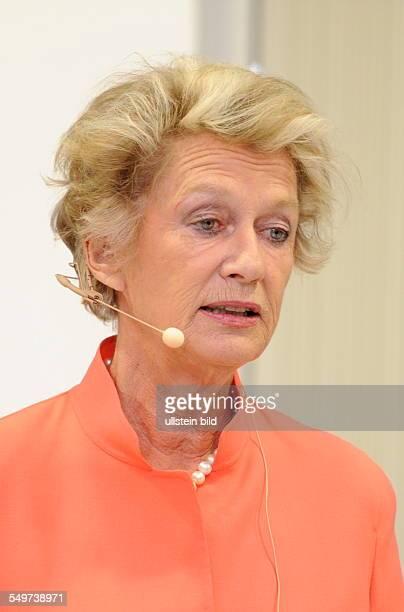 Die ehemalige Oberbürgermeisterin der Stadt Frankfurt am Main Prof h c Petra Roth bei der Veranstaltung Aufstand der Städte Metropolen entscheiden...