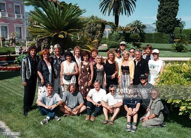 Die Flippers Olaf Malolepski mit EhefrauSonja Bernd Hengst mit Ehefrau EdithManfred Durban mit Ehefrau HeleneNizza/Frankreich ZDFShow Das Leben...