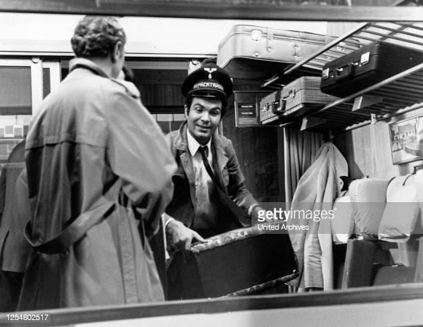 """Die Folge """"Schwarzfahrer"""" aus der ZDF Abenteuerserie """"Percy Stuart"""", mit Claus Wilcke, Deutschland 1960er Jahre."""