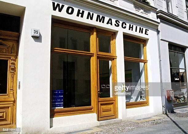 Die Galerie Wohnmaschine in der Auguststrasse Aussenansicht Juli 1999