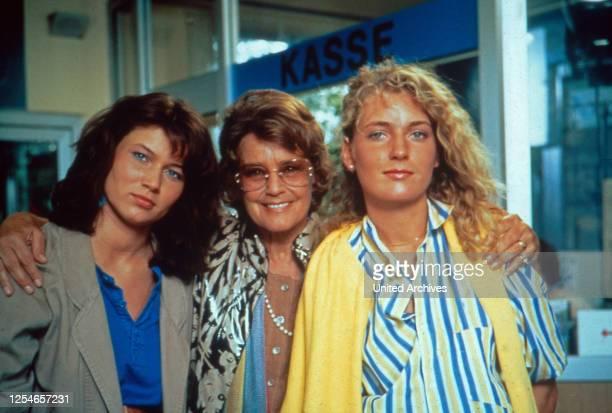 Die glückliche Familie, Fernsehserie, Deutschland 1987 - 1991, Darsteller: Julia Heinemann, Maria Schell, Maria Furtwängler.