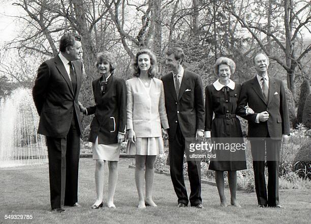 Die großherzogliche Familie von Luxemburg fotografiert am 14 April 1994 Im Bild Großherzog Jean von Luxemburg Großherzogin Josephine von Luxemburg...
