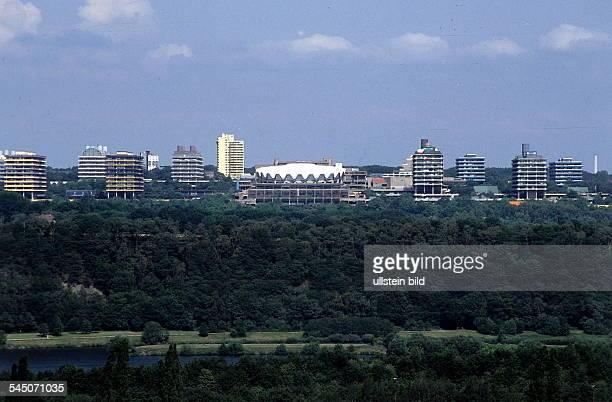 die Hochhäuser der RuhrUniversität 1996