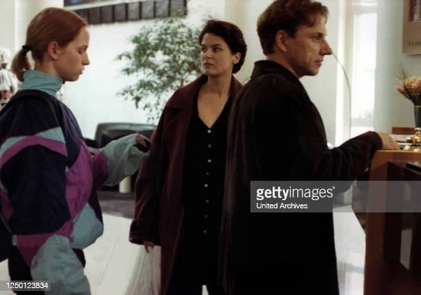 Die innere Sicherheit D 2000 Regie Christian Petzold JULIA HUMMER BARBARA AUER RICHY MÜLLER