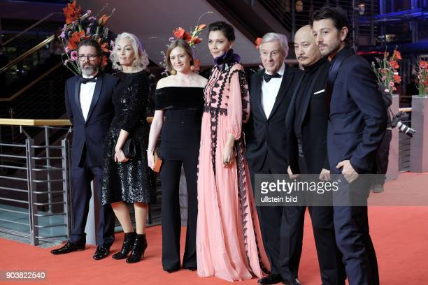 Die Internationale Jury anlässlich der Eröffnung der 67 Berlinale mit dem Film DJANGO