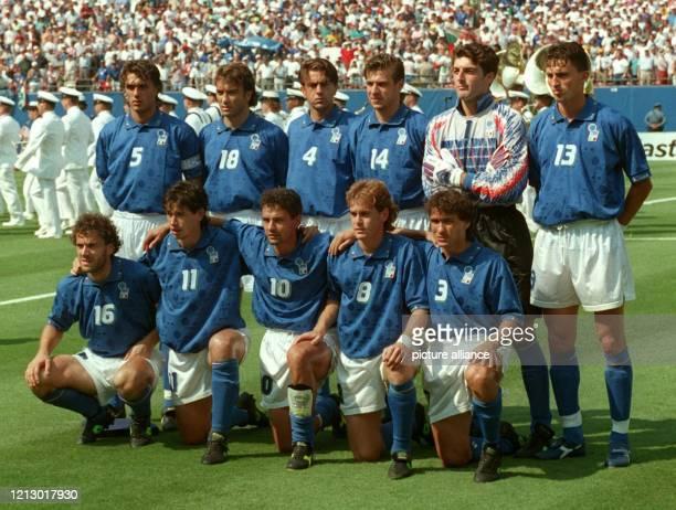 Die italienische FußballNationalelf ist Gruppengegner Deutschlands in Gruppe C bei der FußballEuropameisterschaft in England und bestreitet am 11Juni...