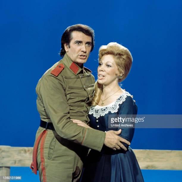 Die italienische Opernsängerin Mirella Freni und Franco Corelli, Deutschland 1970er Jahre.