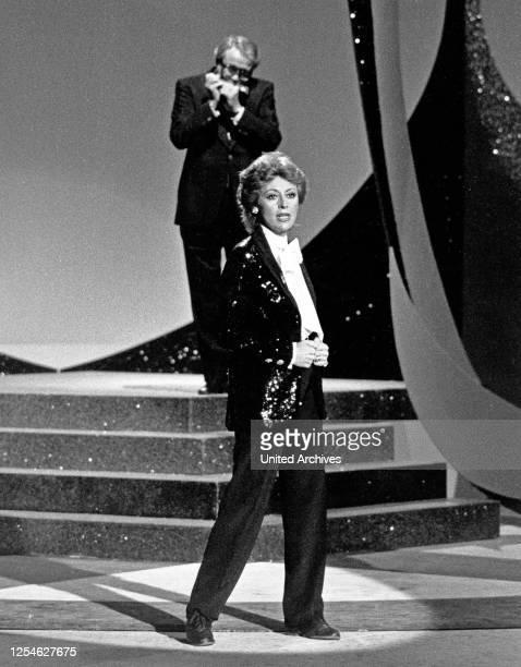 Die italienische Sängerin, Tänzerin, Entertainerin und Schauspielerin Caterina Valente, Deutschland 1970er Jahre.