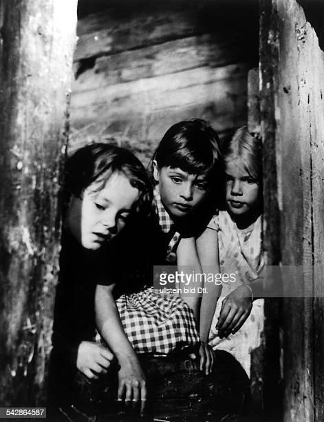 `Die Kinder von Bullerbü'Fernsehfilm nach dem Roman `Wir Kinderaus Bullerbü' der schwedischenKinderbuchautorin Astrid LindgrenSzene mit Lisa Anna und...