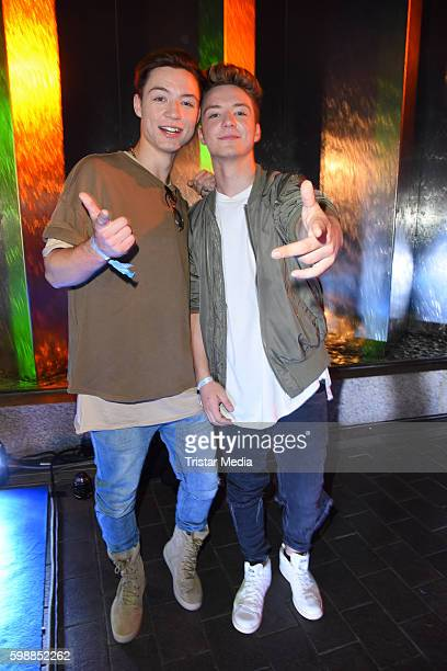 Die Lochis Roman Lochmann and Heiko Lochmann attend the Alcatel Entertainment Night on September 2 2016 in Berlin Germany