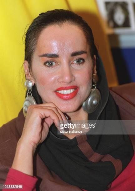 Die Münchner Schauspielerin Lissi Gräfin Lambsdorff am auf der Frankfurter Buchmesse wo sie ihr autobiographisches Erstlingswerk Schrei der Seele...