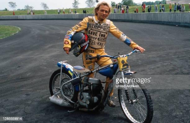 Die Männer vom K3, Fernsehserie, Deutschland 1988 - 2003, Darsteller: deutscher Speedway Motorradsportler Egon Müller.