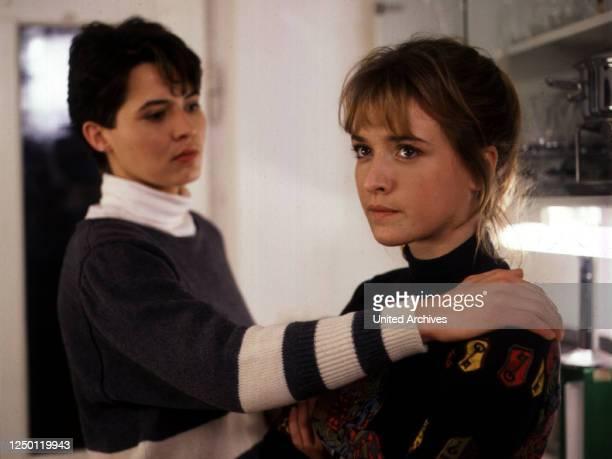 Die Neue, D 1989, Regie: Norbert Ehry, ULRIKE FOLKERTS, KATHARINA ABT.