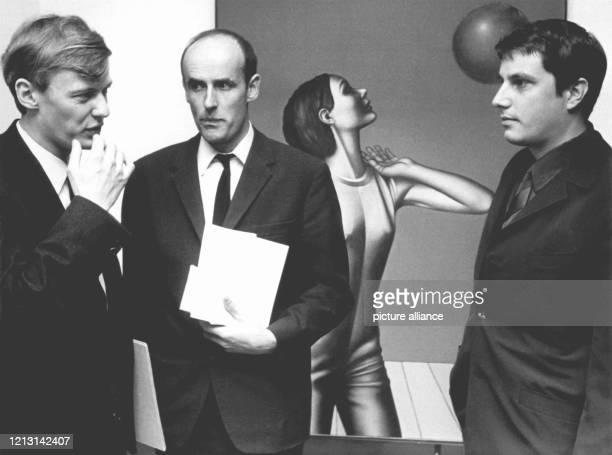 Die Preisträger Dieter Asmus , Karl-Ludwig Schmaltz und Steffen Lucht wurden am 1. Oktober 1967 in der Wolfsburger Stadthalle von Oberbürgermeister...