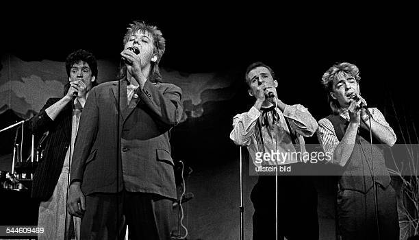 Die Prinzen Band Pop music Germany formerly 'Herzbuben' with singer Sebastian Krumbiegel 1988
