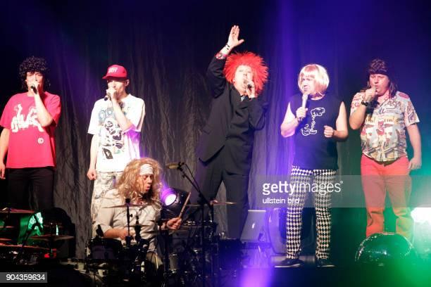 Die Prinzen die deutsche Musikgruppe mit Saenger Sebastian Krumbiegel bei einem Konzert im CCH 1 Congress Centrum Hamburg Photo by Jazz Archiv...