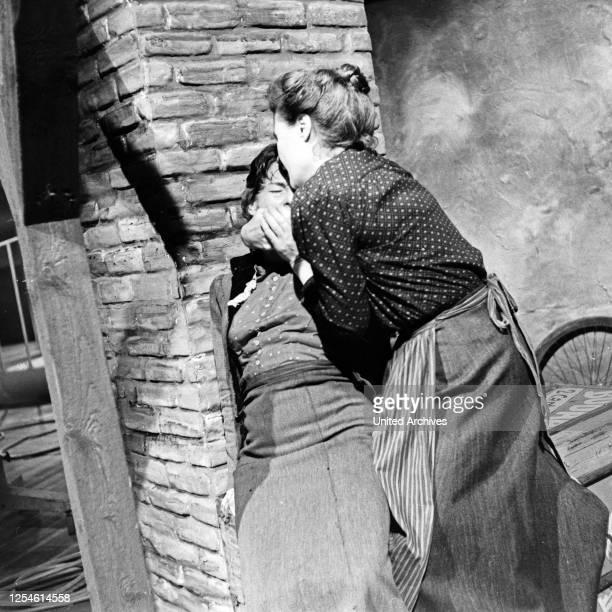 Die Ratten, Fernsehspiel, Deutschland 1959, Regie: John Olden, Darsteller: Ingrid Andree, Gisela von Collande .