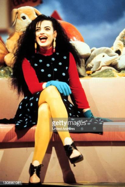 """""""Alles nichts oder?!"""". Mit Promi-Gast, Sängerin NINA HAGEN. / Sendung von 1991. / Überschrift: ALLES NICHTS ODER ?."""