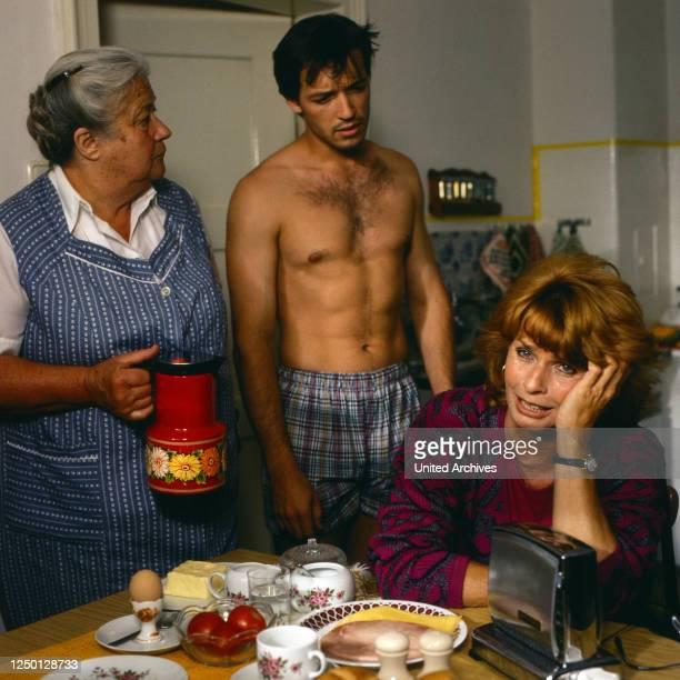 Die schnelle Gerdi, Fernsehserie, Deutschland 1989, Darsteller: Erika Wackernagel, Michael Roll, Senta Berger.