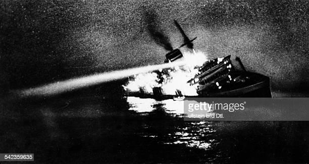 Die sinkende 'Andrea Doria' vor der amerikanischen OstKüste