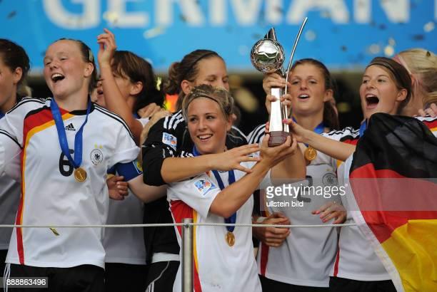 Deutschland NordrheinWestfalen Bielefeld FIFA U20FrauenWM Deutschland 2010 Finale Deutschland Nigeria 20 die Spielerinnen der deutschen Mannschaft...