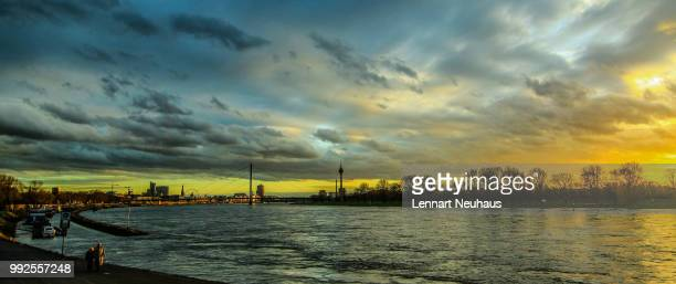 die stadt am rhein - stadt stock pictures, royalty-free photos & images