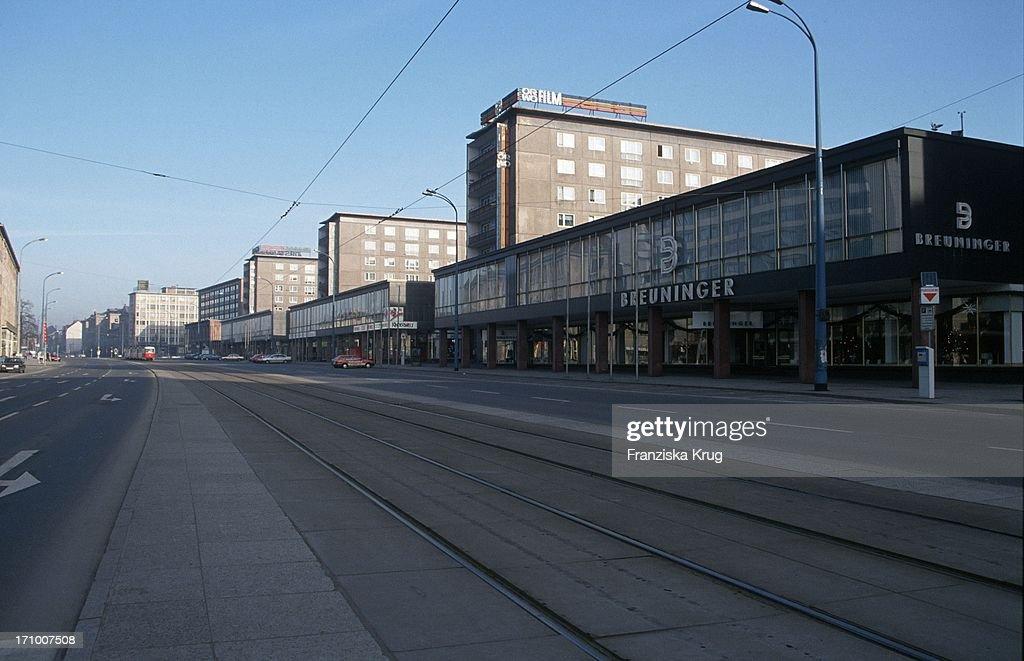 Die Strasse Der Nationen In Chemnitz  : News Photo