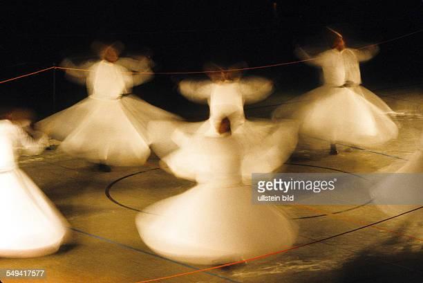 Die Tanzenden Derwische aus Konya in Muenchen
