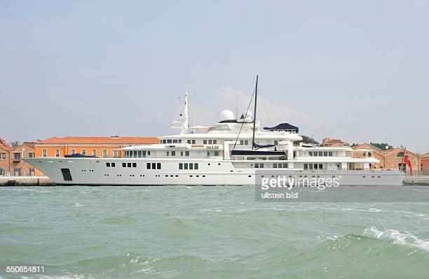 60 Top Octopus Yacht Pictures Photos Images Getty Images