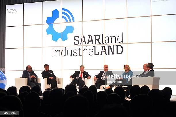 Die Veranstaltung 'Saarland Industrieland Wie wir mit Industrie Zukunft gewinnen' in der Congresshalle in Saarbrücken