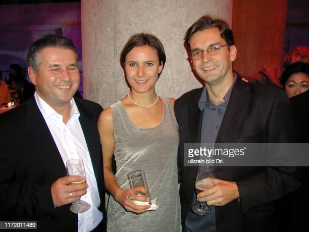 Die Welt Literaturpreis Party im UBhf Reichstag und Claus Strunz