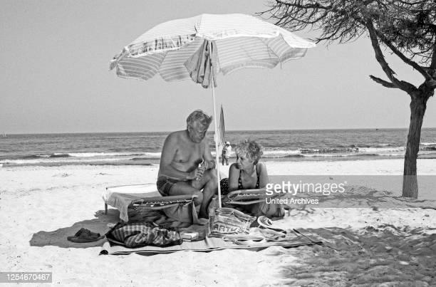 Die Wicherts von nebenan, Familienserie, Deutschland 1986 - 1991, Episode: Spanische Zeiten, Regie: Rob Herzet, Darsteller: Maria Sebaldt, Stephan...