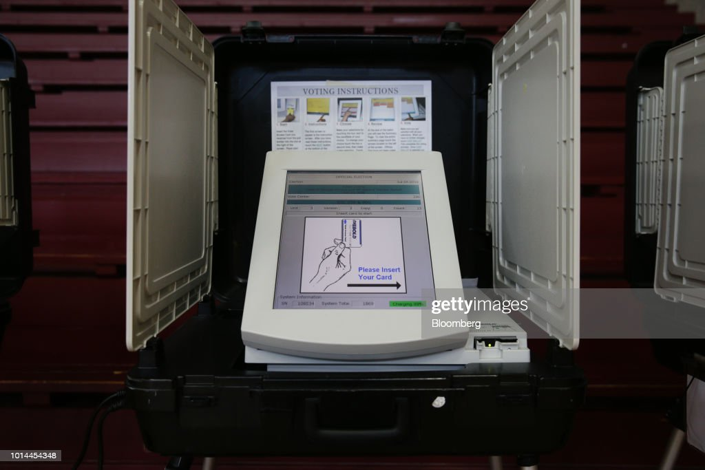 Advocates Say Paper Ballots Are Safest : News Photo