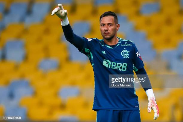 Diego Alves of Flamengo gestures during the match between Flamengo and Fluminense as part of the Taca Rio the Second Leg of the Carioca State...