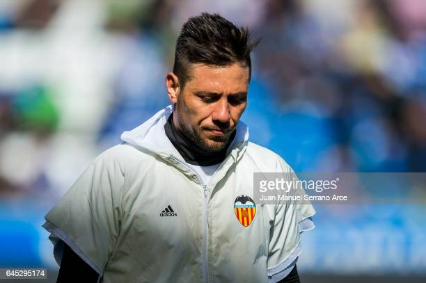 Diego Alves of Valencia CF looks on prior to the start the La Liga match between Deportivo Alaves and Valencia CF at Mendizorroza stadium on February...