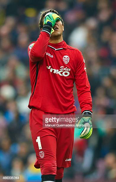 Diego Alves of Valencia CF reacts during the La Liga match between FC Barcelona and Valencia CF at Camp Nou on February 1 2014 in Barcelona Spain
