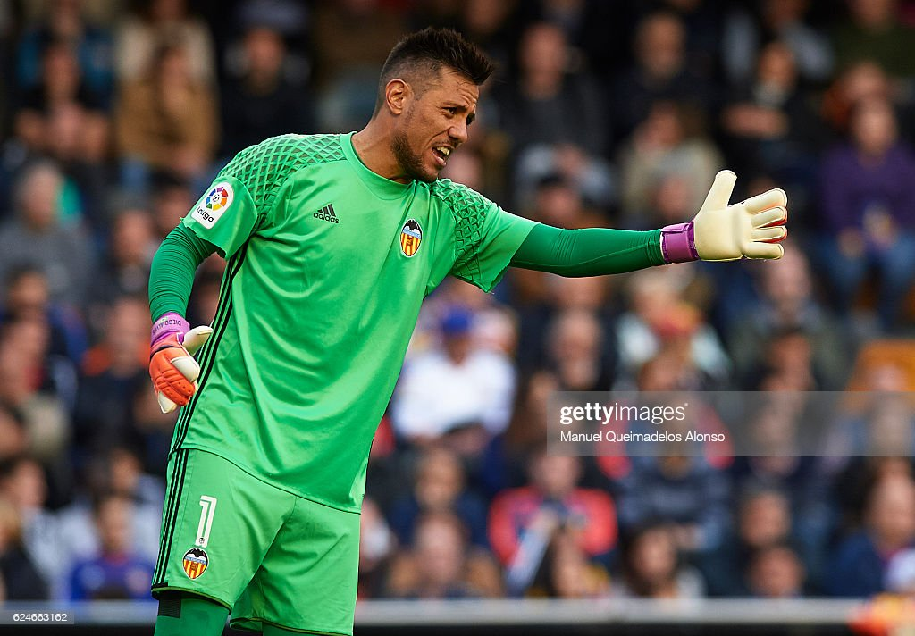 Diego Alves of Valencia reacts during the La Liga match between Valencia CF and Granada CF at Mestalla Stadium on November 20, 2016 in Valencia, Spain.