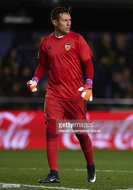 Diego Alves of Valencia reacts during the La Liga match between Villarreal CF and Valencia CF at Estadio de la Ceramica on January 21 2017 in...