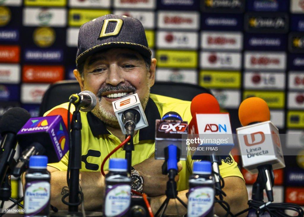 FBL-MEX-DORADOS-JUAREZ-MARADONA : News Photo