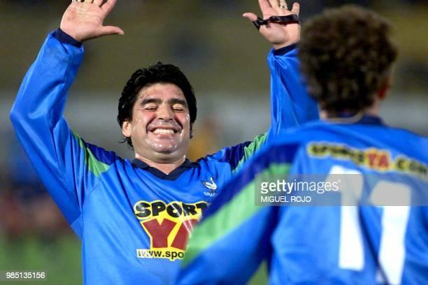 Diego Armando Maradona celebrates a goal 24 June 2000 in Montevideo Uruguay Diego Armando Maradona festeja su gol el 24 de junio de 2000 frente al...