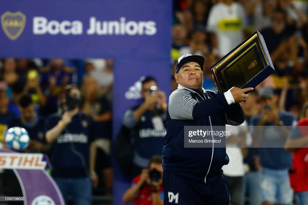 Boca Juniors v Gimnasia y Esgrima La Plata - Superliga 2019/20 : News Photo