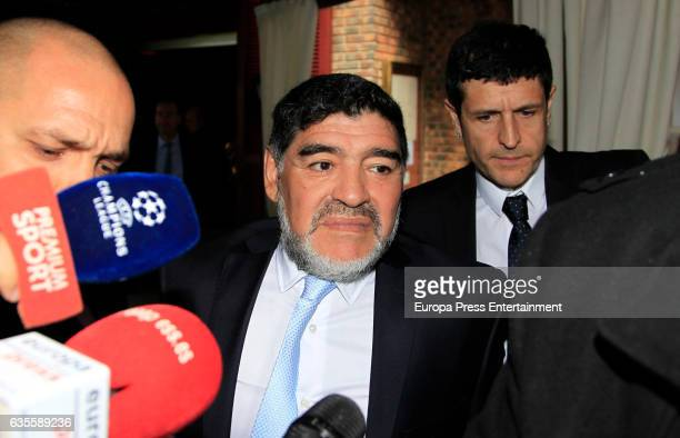 Diego Armando Maradona leaves Zalacain restaurant after lunch with Real Madrid and Napoli presidents Some hours before the Police receives a phone...