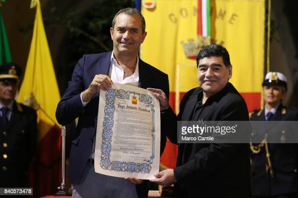 Diego Armando Maradona receives Honorable Citizenship from Naples by mayor Luigi de Magistris